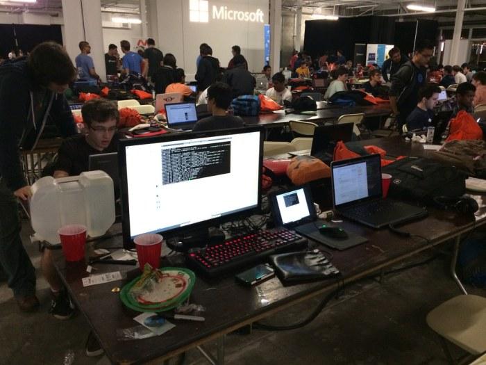 hackTECH-HackStation
