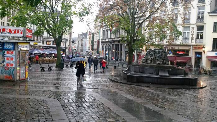 Intersection of Rue aux Herbes and Rue de la Montagne, in Brussels